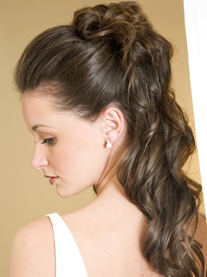 Прическа на долгие волосы