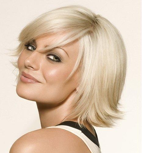 Причёска двойное каре на средние волосы