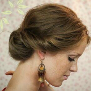 Прическа на волосы до плеч на каждый день своими руками