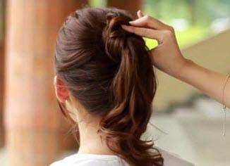 Создание пучка путем обкручивания волос