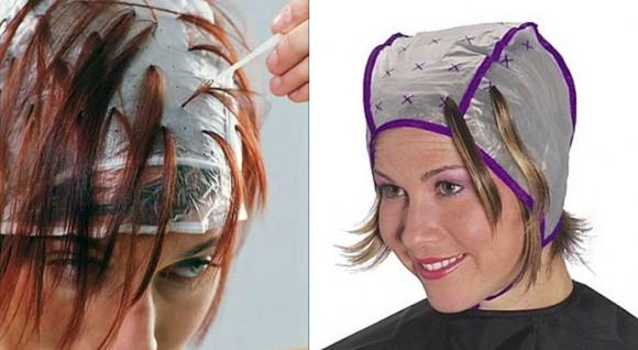 Процедура мелирования с использованием специальной парикмахерской шапочки