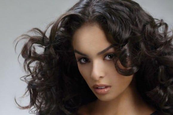 Волосы с завитками разного диаметра